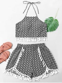 Allover Pattern Belly Top with Side Slit Shorts Girls Fashion Clothes, Summer Fashion Outfits, Toddler Fashion, Short Outfits, Spring Outfits, Kids Outfits, Girl Fashion, Cute Outfits, Crop Top Styles