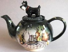 Disney Teapot. Lady and the Tramp