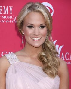 carrie underwood hairstyles | ... www becomegorgeous com hair photos best carrie underwood hairstyles