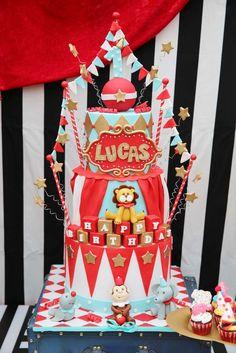 Maravilhoso bolo tema Circo | Festas | Madame Inspiração