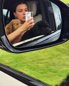 Millie Bobby Brown, Cast Stranger Things, Enola Holmes, Sadie Sink, British Actresses, Queen, Celebs, Celebrities, Cute Pictures