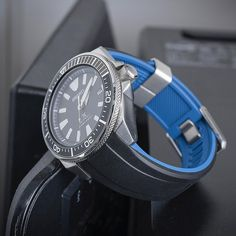 Crafter Blue on Seiko Samurai Seiko Samurai, Watches Photography, Rubber Watches, Ideal Fit, Seiko Watches, Black And Navy, Watch Straps, Watch Box, Mens Fashion