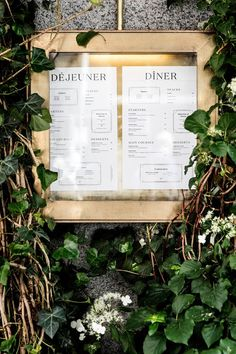 At Les Trois Cochons Copenhagen's three pigs have built a solid house with exemplarily French cuisine and authentic design details. Menu Signage, Restaurant Signage, Restaurant Identity, Wayfinding Signage, Restaurant Design, Restaurant Ideas, Menu Design, Box Design, Branding Design