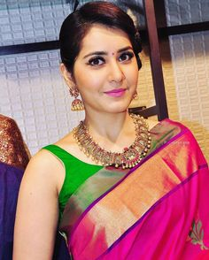 Raashi Khanna in Temple Jewellery - Indian Jewellery Designs South Indian Jewellery, Indian Jewellery Design, Indian Wedding Jewelry, Indian Bridal, Bridal Jewelry, Jewelry Design, Jewellery Photo, Gold Jewelry, Jewelery