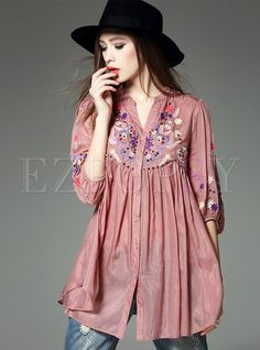 Shop Casual Loose V-Neck Embroidery Slit Blouse at EZPOPSY. Kurti Neck Designs, Kurti Designs Party Wear, Stylish Tops For Women, Casual Dresses, Fashion Dresses, Stylish Dress Designs, Tropical Fashion, Embroidery Fashion, Embroidery Shop