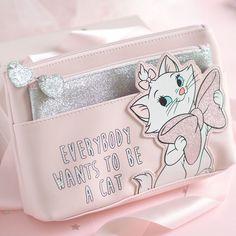 A Purrfect Disney Marie Primark Collection - Love Catherine Disney Handbags, Disney Purse, Disney Style, Disney Love, Disney Ideas, Primark, Disney World Merchandise, Pink Office Decor, Marie Cat