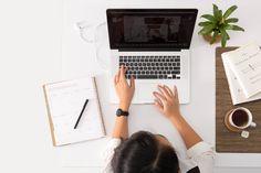 5 vinkkiä miten löydät aiheen blogillesi Make Money Blogging, Way To Make Money, Make Money Online, Saving Money, Teach Online, Quick Money, Money Tips, Bon Cv