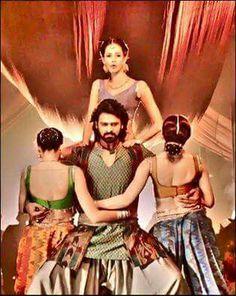 Damn hot appearance of prabhaa Bahubali Movie, Bahubali 2, Prabhas And Anushka, South Hero, Prabhas Pics, Bollywood Cinema, Indian Movies, Good Movies, Cool Style
