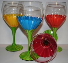 Hand Painted Bridal Party Wedding Wine Glasses Gerber Daisy Wine Glass Bride Bridesmaid Wedding Favor  Gifts