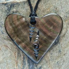 Heart Pearl Shell Carving Necklace