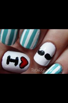 I love mustaches nails