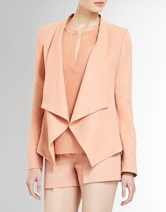 This BCBG relaxed blazer is gorgeous.going to look fab with all my colored jeans! Pastels and brights! Max Azria, Blazer And Shorts, Coral Blazer, Herve Leger Dress, Spring Fashion Trends, Fashion Ideas, Fashion Inspiration, Bcbgmaxazria Dresses, Classy And Fabulous