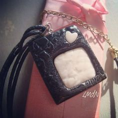 Pendant black & marble with lace texture on polymer clay & UV resin  #lesmaisonsdenia