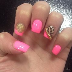 Really want this the next time I get my nails done. Just by pink
