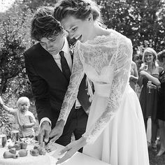 abigaildonaldson:  Okay, how cool is this? Bette Franke revealed to Dutch Vogue that her sister Sanne designed and made Bette's wedding dres...