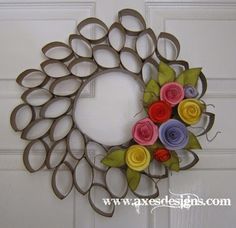 AXES Designs: wreath made from toilet paper tubes