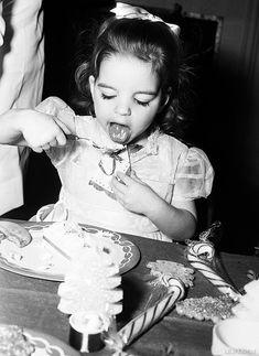 Liza Minnelli, ca. 1948. #Expo2015#Milan #WorldsFair
