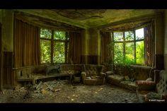 Potter's Manor by Martino ~ NL, via Flickr