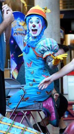 Clown Pics, Clown Suit, Female Clown, Send In The Clowns, Clowning Around, Rodeo, Fun Stuff, Folk, Lady