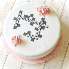 #crosswardcake #crossword #cake #sugarroses #marbledicing #marbledrose #sugarcraft #cakedecorating #anniversarycake