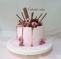 Estrade's cakes: dripcake en rosa y chocolate.