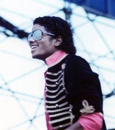 ♥ Michael Jackson ♥ - love his smile here :)