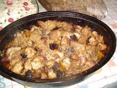 Τσουμλέκ ή τσουμπλέκι Paella, Chicken, Meat, Ethnic Recipes, Food, Meal, Eten, Hoods, Meals