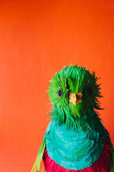 Quetzal. Paper Bird Art by 3D paper artist Diana Beltran Herrera.