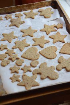dme, biscuits de noël pour bébés, alimentation autonome, bébé, biscuits noel, biscuits sans sucre, paléo, sans gluten