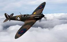 A Second World War Spitfire, which crashed on a beach in northern France, has been restored to its former glory. Navy Aircraft, Ww2 Aircraft, Fighter Aircraft, Military Aircraft, Ww2 Spitfire, Supermarine Spitfire, Air Fighter, Fighter Jets, The Spitfires
