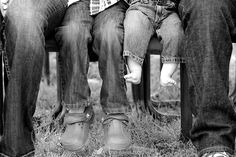 only with cowboy boots Family Pictures Family Picture Poses, Picture Ideas, Photo Ideas, Extended Family Photos, Family Pics, Fall Pictures, Pretty Pictures, Group Photography, Photography Ideas