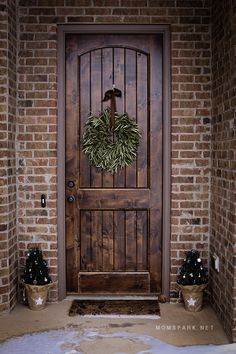 The Perfect Holiday Porch Entrance With ProFlowers! #PFdecorates #ad