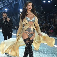 Cover up: The 30-year-old's tummy was mostly covered up at the Victoria's Secret Fashion S...