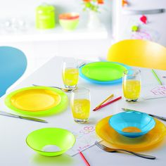 Hoy los más peques se han encargado de poner la mesa. ¡Todo listo para comer! :D