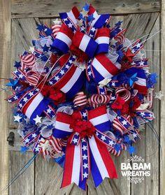 Patriotic Wreath for Front Door - Summer Wreath - Front Door Wreaths Summer Door Wreaths, Christmas Mesh Wreaths, Deco Mesh Wreaths, Wreaths For Front Door, Holiday Wreaths, Winter Wreaths, Floral Wreaths, Spring Wreaths, Holiday Crafts