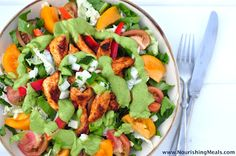 The Whole Life Nutrition Kitchen: Chicken Fajita Salad with Spicy Avocado Dressing
