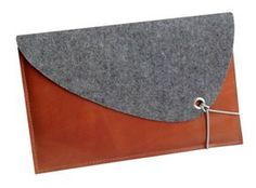 Filz /Leder Tasche Mac Air 11 Zoll, Laptop Tasche für Mac Air 11 Zoll, MacBook Tasche, Schutz für MacBook, Lederhülle, Schutz von ScanClassic auf Etsy https://www.etsy.com/de/listing/222486947/filz-leder-tasche-mac-air-11-zoll-laptop