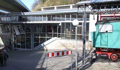 * Drachenfelsbahn Station *  Königswinter, Alemanha.