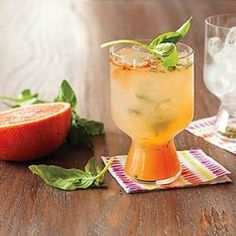 Sip this refreshing cocktail all summer long!