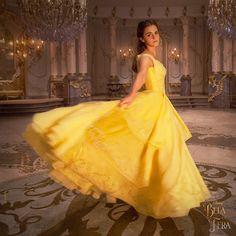 Assista aqui o novo e sensacional Trailer A Bela e a Fera. Fotos e mais informações sobre o novo filme da Walt Disney Studios. Estreia em março nos cinemas.