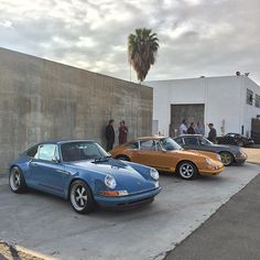 Come out and join us at Luftgekühlt today at Modernica in Los Angeles today. We have two customer cars and Rob's Brown Bomber on display #singervehicledesign #porsche #porsche911 #luftgekühlt