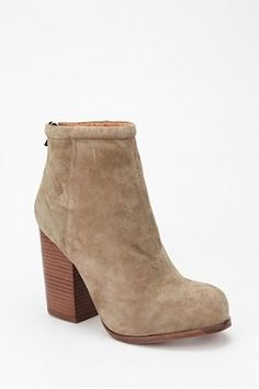 Jeffrey Campbell Suede Rumble Boot. hello fall.