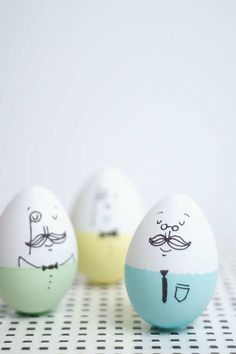 Mr. Humpty Dumpty | 10 Easter Egg Decorating Ideas - Tinyme Blog