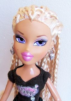 This is Bratz Dresden, from the Passion For Fashion collection. From Saffy's collection. <3