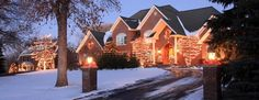 'Tis the Season: Holiday #Buying & #Selling Tips  It's beginning to look a lot like a slow time for the real estate market. Here's how to find a home for the holidays or pull off a sale against the odds.