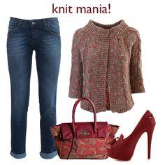 Morbido, accogliente e avvolgente, come un capo che indossi e non hai più voglia di togliere. Fatti prendere anche tu dalla knit-mania!  Giacchino > http://bit.ly/11qRfUp Jeans > http://bit.ly/1v4gyGf Borsa > http://bit.ly/1zl7LjT