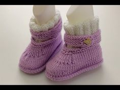 Knit Baby Shoes, Knitted Baby Clothes, Baby Boots, Crochet For Kids, Crochet Baby, Baby Knitting Patterns, Hand Knitting, Cute Boots, Everything Baby