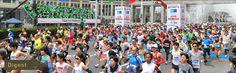 東京マラソンの人気や健康志向などに伴ってマラソン・ランニングブームが生じている。