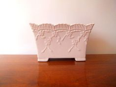 Pale Pink Planter with Scalloped Edge and by VintageRetrievers  Love the detail on this vintage pink planter.