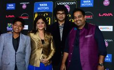 Singer Shankar Mahadevan with his family at IIFA 2014 Shankar Mahadevan, Tata Motors, Bollywood Photos, India People, Singer, Singers